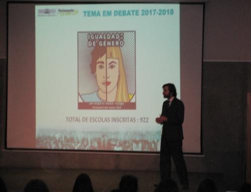 O deputado Dr. João Almeida e o Parlamento dos Jovens – Escola Básica e Secundária Oliveira Júnior